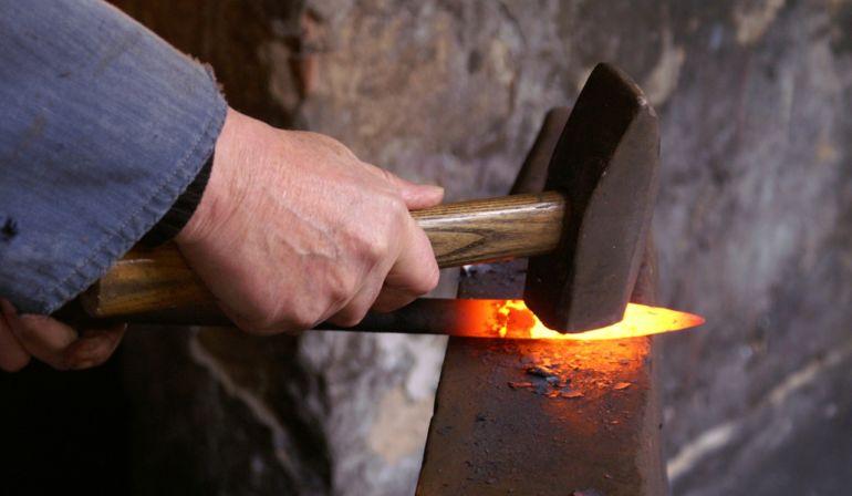 Heiße Eisen angefasst